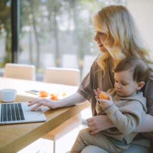 Τα Καλύτερα Facebook Groups Για Γονείς